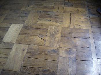 Underhåll av vaxade golv